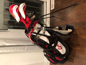 Selling Tairlormade r7 set 2010 clubs!