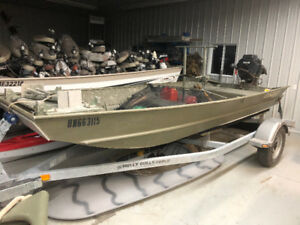 16ft Lowe John Boat with Mud Buddy Hyperdrive Duck boat