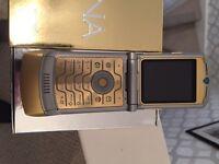 Motrola razz v3i mobile phone
