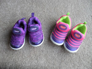2 Pair of Toddlers Shoes - Size 22 & 23