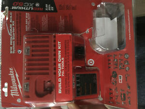 Milwaukee 18V/12V charger