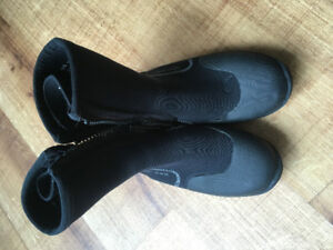 Surf Booties size 10 American