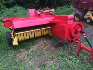 Two new holland small square balers