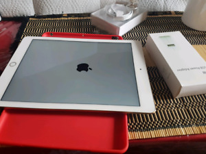 iPad Air 2 Gold 16gb Excellent Condition