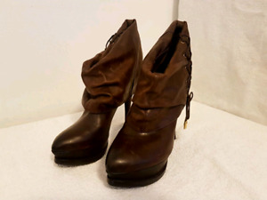 Barely Worn Guess Marciano Booties Boots