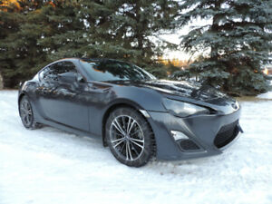 2013 Scion FR-S MANUAL PRICED TO SELL / BRZ TOYOTA 86