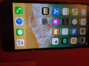 iPhone6+ locked to rogers and chter 16 gb