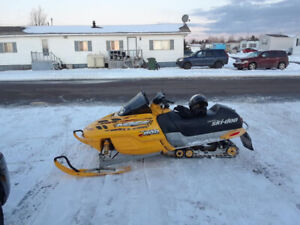 $2,200 FIRM!!!       ***2001 MXZ 800 SKI-DOO***