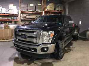 2014 F450 Lariat Fully loaded. Lots of extras included.