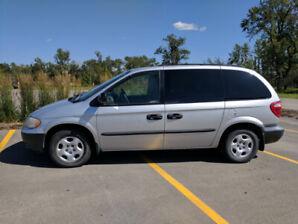 2003 Dodge Caravan with remote car starter.