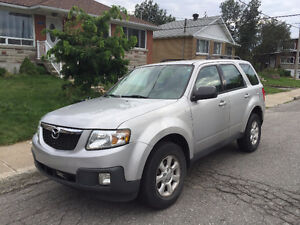2009 Mazda Tribute   + Winter Tires   Sole Owner - Low Mileage