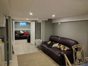 Rooms for rent near University Crescent