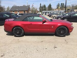 2012 FORD MUSTANG RWD * POWER GROUP * LOW KM * MANUAL * London Ontario image 7