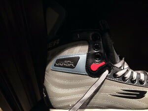 BAUER AND MISSION 4 SKATES London Ontario image 9