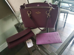 Authentic Coach purse wallet matching check book