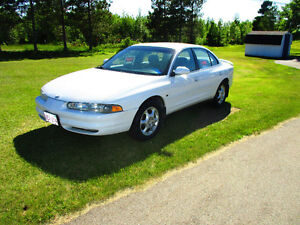 1998 Oldsmobile Intrigue -- Coupe (2 door)