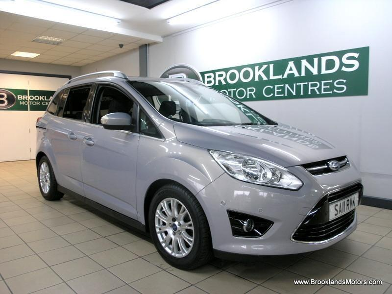Ford Grand C-Max 1.6 TDCI TITANIUM 115 [5X SERVICES, 7 SEATS and DAB RADIO]
