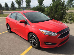 Ford Focus SE must sell