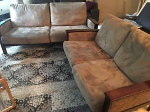 Sofa set in great condition. $70.