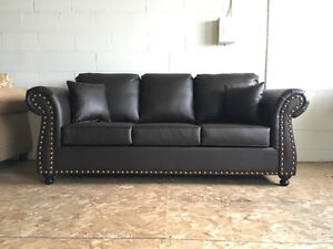 BRAND NEW CANADIAN MADE LEATHER SOFA ON SALE