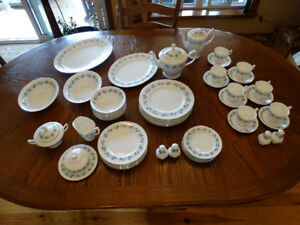Royal Albert Harmony China Set For 8 Made in England