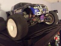 Traxxas emaxx brushless with 2 3s lipos RTR
