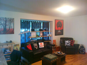 LF Roommate- Downtown/NAIT area- 2bed2bath house- Utilities incl