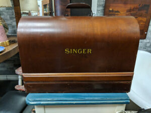 Antique Singer Electric Sewing Machine with Case