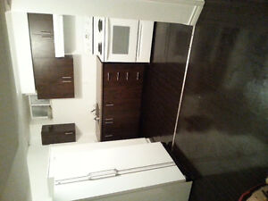 VERY CLEAN 2 BEDROOM BASEMENT