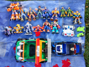 Rescue Heroes (12 figures, 2 vehicles, and more)