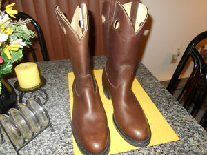 COWBOY ROPERS BOOTS MEN SIZE 9 LIKE NEW WORN ONCE .
