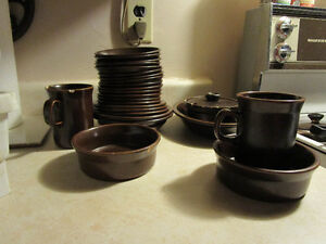 Assorted Vintage Wedgewood Oven to Tableware
