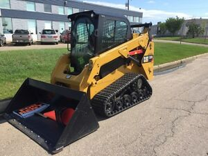 2015 CAT SKID STEER!