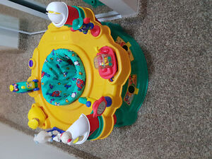 Safety 1st Exersaucer