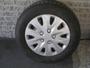 pneu d hiver sur rim 225-60-r16