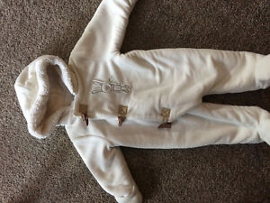 Warm one-piece snowsuit