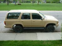 1990 Toyota 4 Runner SUV, Crossover