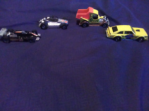 OLDER HOT WHEELS-FLAT OUT 442,ROCK BUSTER,FORMULA REAL RIDERS ++
