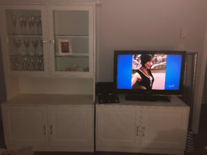 Armoire/TV stand