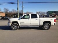 2013 Chevrolet Silverado 1500 Ltz Lifted on 20's with 33's