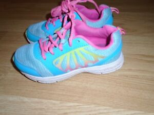 Girl's Turquoise Runners size 13  for sale