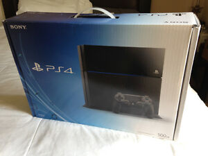 PLAYSTATION 4 - 500GB - ***boite seulement**
