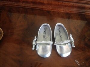 Size 5 and 6 Baby Girl Flats Barely Used