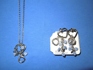 Beautiful Matching Necklace and Pierced Earrings