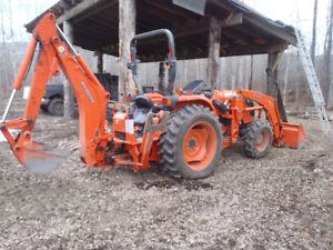 kubota tractor and backhoe