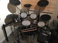Roland TD9 KXX full drum kit and amp