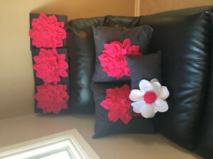 Matching pillows and flower canvas