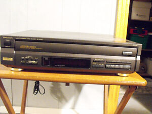 5 Disc cd player London Ontario image 1
