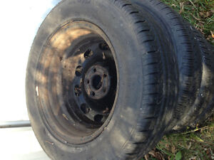 4 tires on rims great condition! Toyota