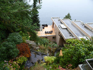 Magnificent Property On the Water on 3 levels with cottage /deck North Shore Greater Vancouver Area image 3
